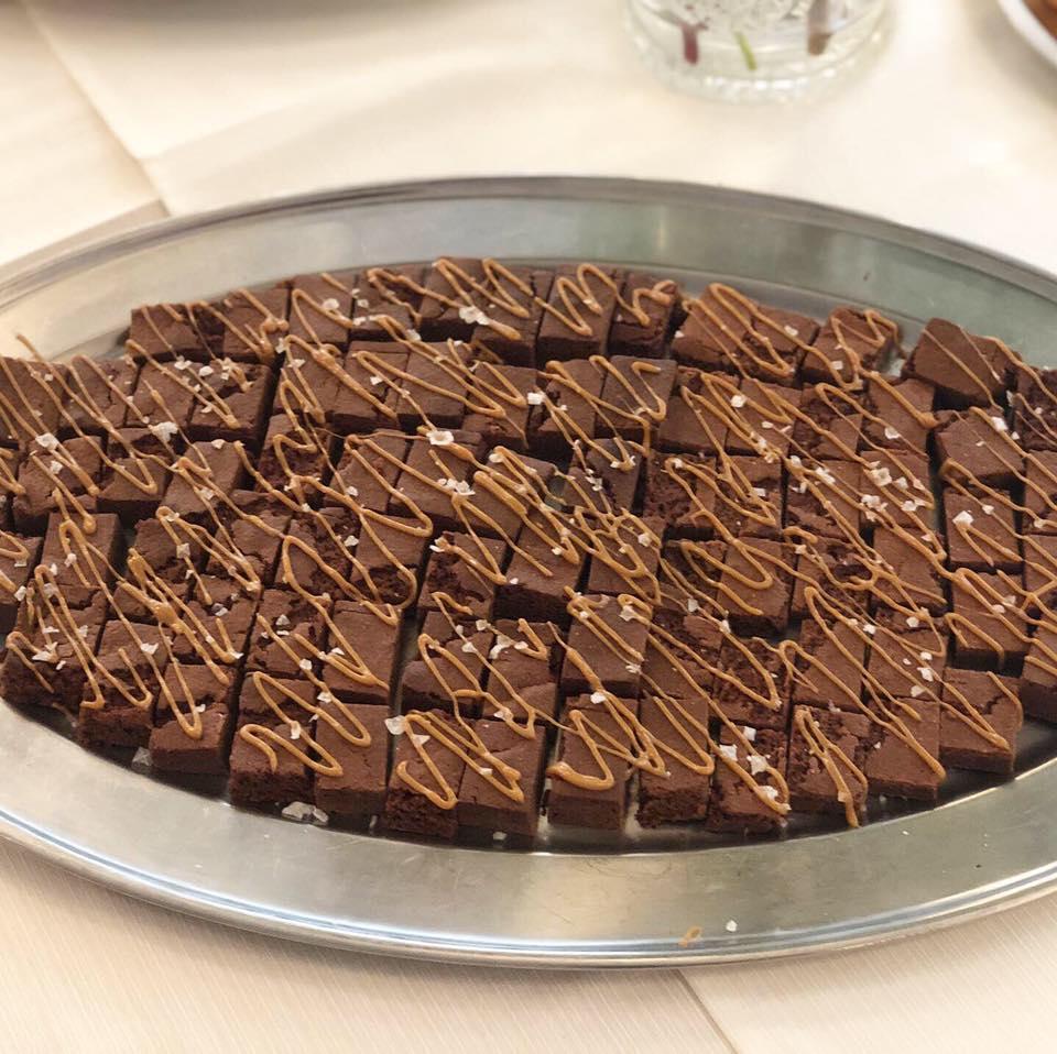 Brownie med saltkaramel