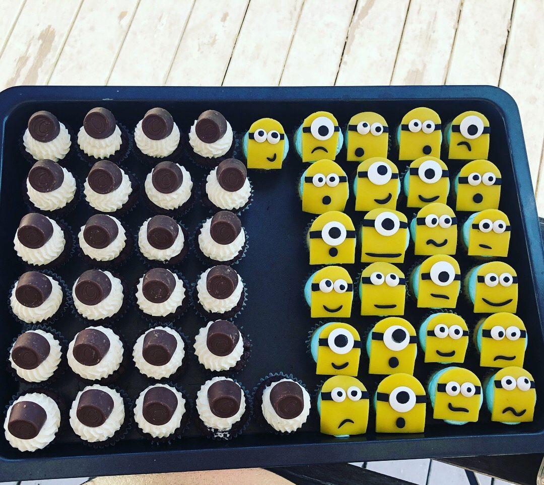 Cupcakes Minions Center