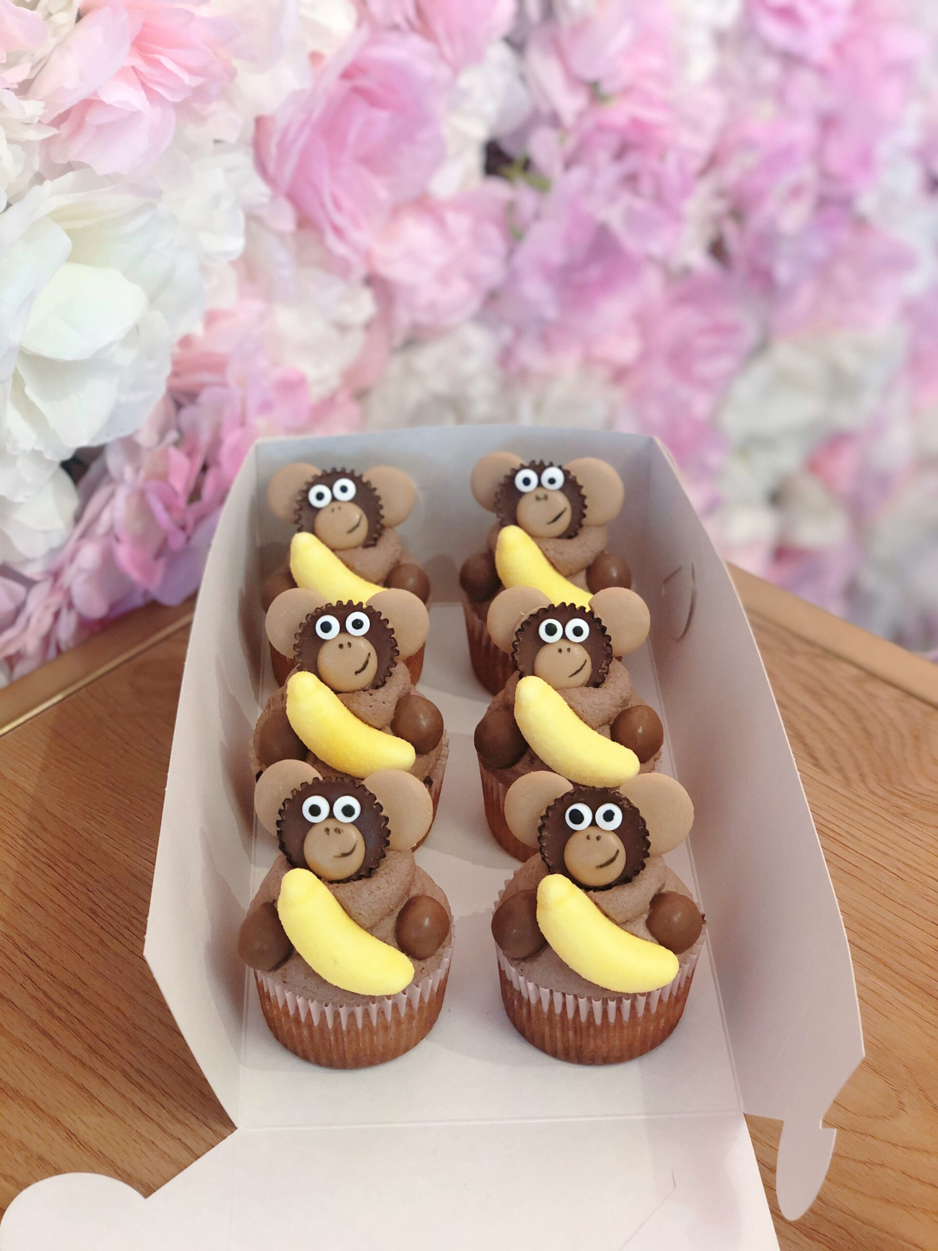Debbielicious - Små abe cupcakes med en lille banan